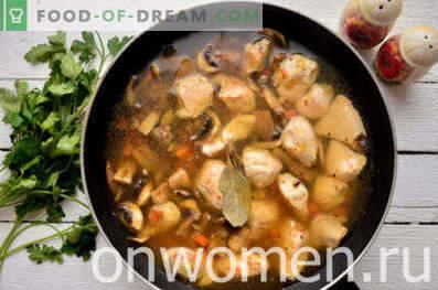 Kip gestoofd met champignons